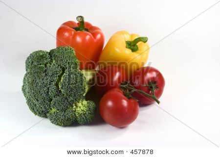 Brocholi Peppers And Tomatoes