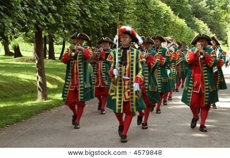 Military Music Band Parade In Costume Of Piter The Great's Epoch. Petergof 2008.