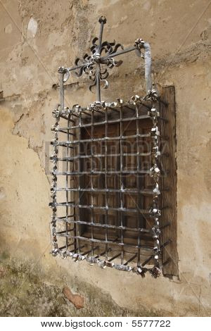 Old Wall And Lattice