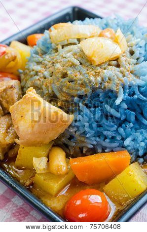 Massaman Curry With Butterfly Pea Cooked Rice