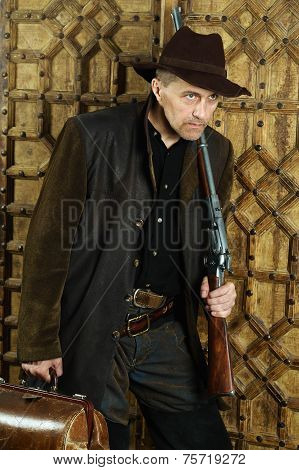 Bandit with gun