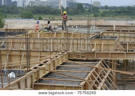 Roof beam and slab formwork