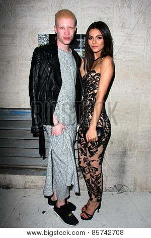 LOS ANGELES - MAR 12:  Shaun Ross, Victoria Justice at the Kode Magazine Spring 2015 Cover Party at the The Standard on March 12, 2015 in West Hollywood, CA