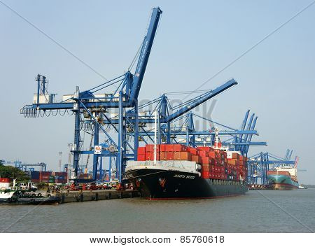 Transportation, Export, Import, Ho Chi Minh Port