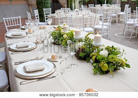Table set of color bege for weeding