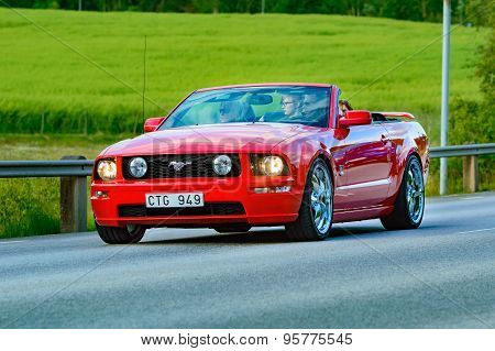 Ford Mustang 2005 Red
