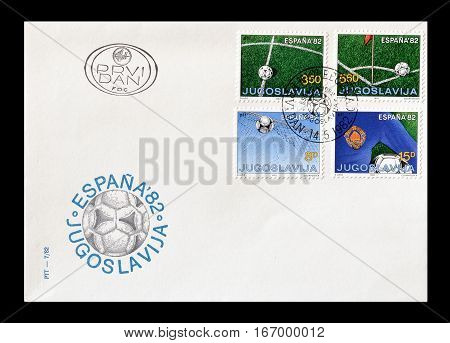 YUGOSLAVIA - CIRCA 1982 : Cancelled First day cover letter printed by Yugoslavia, that shows Football.