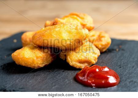 fried Chicken nuggets with sauce