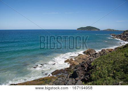 el mar de brasil, incomparable azul, sol, arena y verano