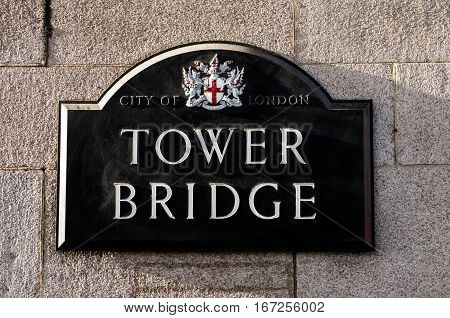 The plaque we can find at the beginning of Tower bridge