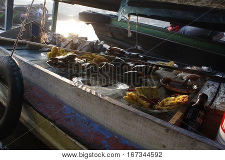 River Floating Market