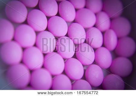 Pink pills to treat hyperthyroidism in animals