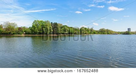 Serpentine Lake In London