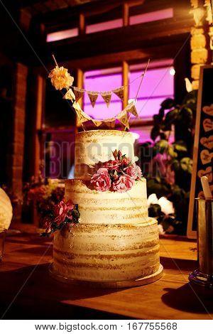 Wedding Cake on a beautiful wedding at night