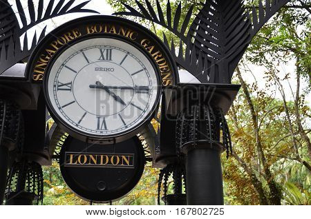 World Clock Near Orchid Garden In Singapore Botanic Gardens