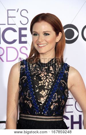 LOS ANGELES - JAN 18:  Sarah Drew at the People's Choice Awards 2017 at Microsoft Theater on January 18, 2017 in Los Angeles, CA