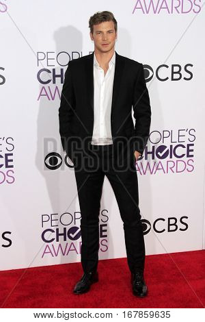 LOS ANGELES - JAN 18:  Derek Thaler at the People's Choice Awards 2017 at Microsoft Theater on January 18, 2017 in Los Angeles, CA