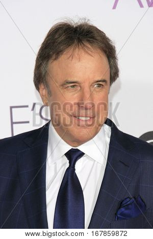 LOS ANGELES - JAN 18:  Kevin Nealon at the People's Choice Awards 2017 at Microsoft Theater on January 18, 2017 in Los Angeles, CA
