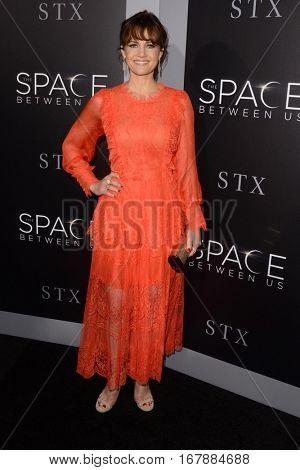 LOS ANGELES - JAN 17:  Carla Gugino at the