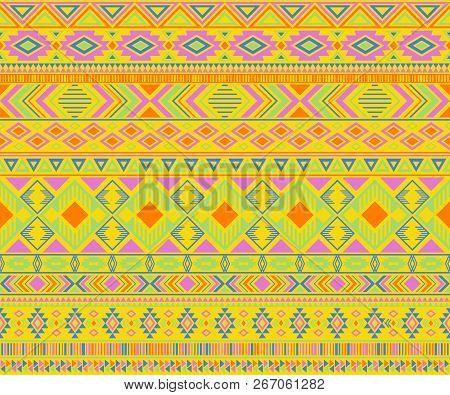 Peruvian American Indian Pattern Tribal Ethnic Motifs Geometric Seamless Background. Cute Native Ame
