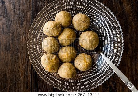 Icli Kofte / Boiled Kibbeh / Quibe With Butter Sauce..