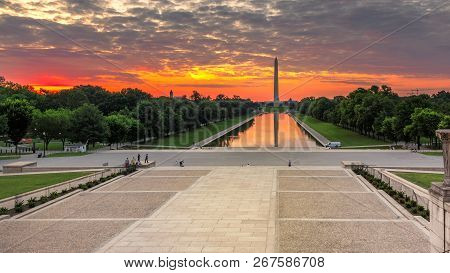 Washington Monument At Sunrise In Washington Dc, Usa.