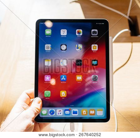 Paris, France - Nov 7, 2018: Customer Pov Personal Perspective Experiencing New Apple Ipad Pro With