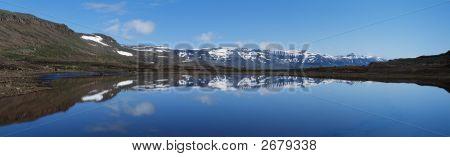 Snow Mountains Reflaetion