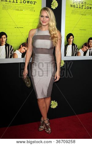 LOS ANGELES - SEP 10:  Leven Rambin arrives at