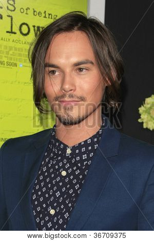 LOS ANGELES - SEP 10:  Tyler Blackburn arrives at