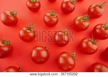Tomato Pattern. Tomato Background. Red Tomatoes On A Bright Red Background. Tomatoes Season Vegetabl
