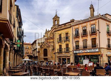 Salamanca / Castile And Leon, Spain - 02 October 2016: Plaza Del Corrillo In Old Town Salamanca,