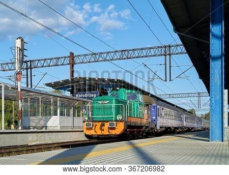 Kolobrzeg, Poland - September 06, 2019: Passenger Train In The Station Of The Baltic Resort Kolobrze
