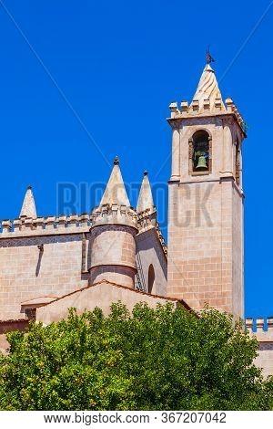 The Church Of St. Francis Or Igreja Mosteiro De Sao Francisco Is A Catholic Church In Evora City, Po
