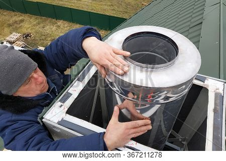 Aluminum Ventilation Chimneys, The Master Installs On The Roof Of The House. Smoke Pipe For Smoke Fr