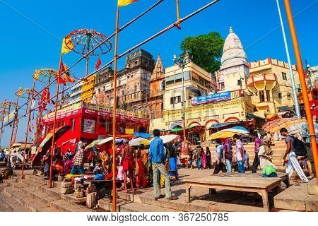 Varanasi, India - April 12, 2012: Shiva Temple Is Located In At The Ganges River In Varanasi City, U