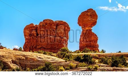 Balanced Rock And Other Sandstone Formations Along The Arches Scenic Drive In Arches National Park N