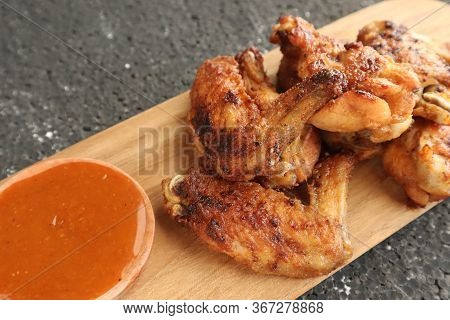 Delicious Chicken Wings, Baked Or Fried Chicken Wings Served With Hot Spicy  Barbeque Sauce, Close U