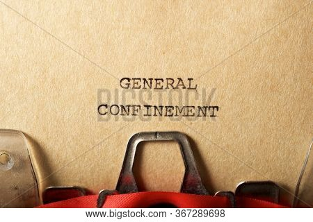 General confinement text written on a paper.