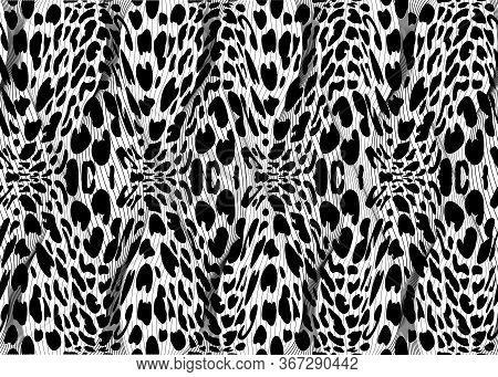 African Print Fabric, Fashion Ethnic Pattern Of Braided Fiber, Vintage Tribal Motif Elements. Animal