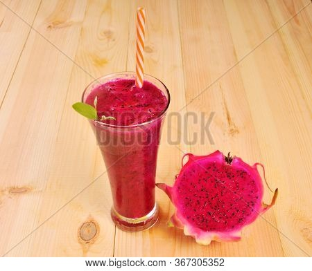 Red Dragon Fruit Smoothies In Glasses With  Half Sliced. Pitahaya Fruit. Dragon Fruit Juice. Half Sl