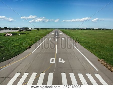 The View From The Cockpit Of The Aircraft On Runways. An Empty Airfield With No Aircraft. The Crisis