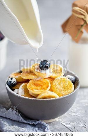 Mini Oatmeal Pancakes. Pancakes With Blueberries And Strawberries.pancake Porridge, Mini Pancakes In