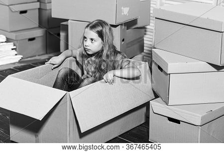 Rent A Convertible Not A Moving Truck. Happy Child Cardboard Box. Purchase Of New Habitation. Cardbo
