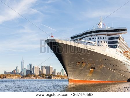 New York City - October 20:  Cunard Cruise Liner Queen Mary 2 Is Pictured Docked In Brooklyn, New Yo