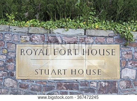 Bristol, Uk - August 12, 2015: A Stone Name Plaque Outside The Royal Fort House And Stuart House At