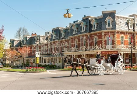 View Of The Historic Prince Of Wales Hotel In The Center Of Niagara-on-the-lake, Canada