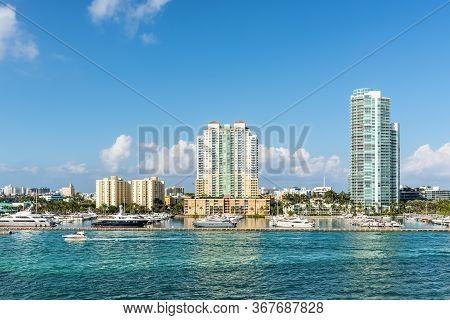 Miami, Fl, United States - April 28, 2019: Luxury High-rise Condominiums Overlooking Intra-coastal W