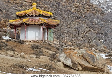 Khogno Khan, Mongolia, March 7, 2020 : A Small Monastery Is Lost At The End Of A Rocky Valley Of The