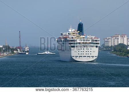The Cruise Ship Leaving Miami And Entering The Open Sea (florida).